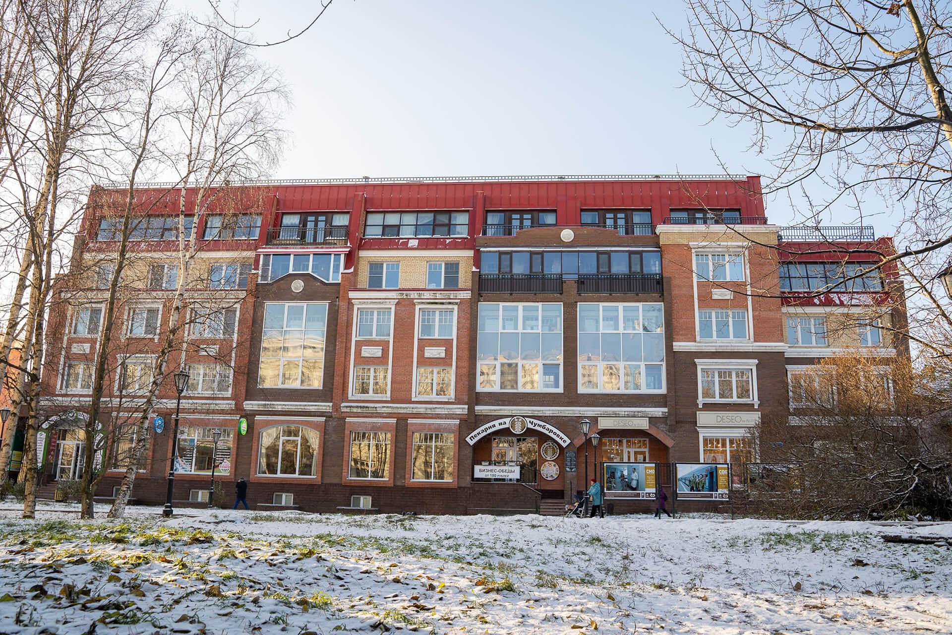 Административное здание на ул. Чумбарова-Лучинского